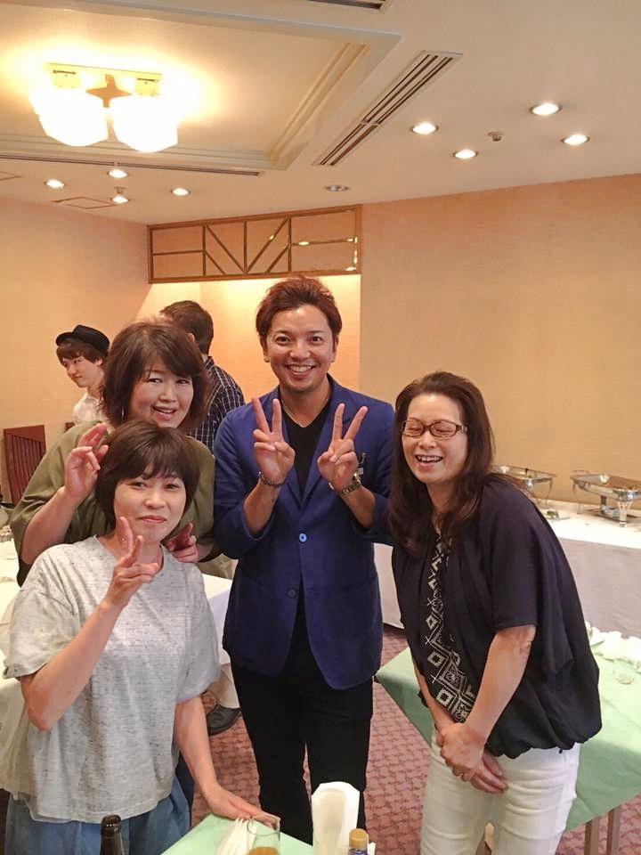 同じ釜の飯を食う仲間は、一生の友|Kawada Takeshi|市川セミナー